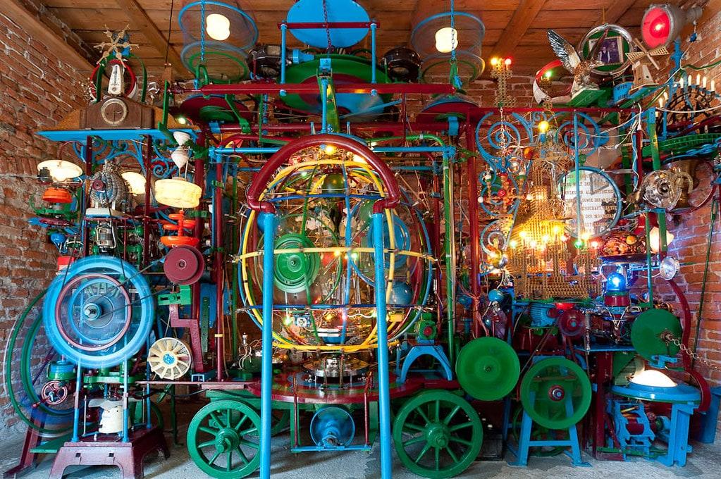 Franz Gsellmann's Weltmaschine: the World Machine - This Belongs in a Museum